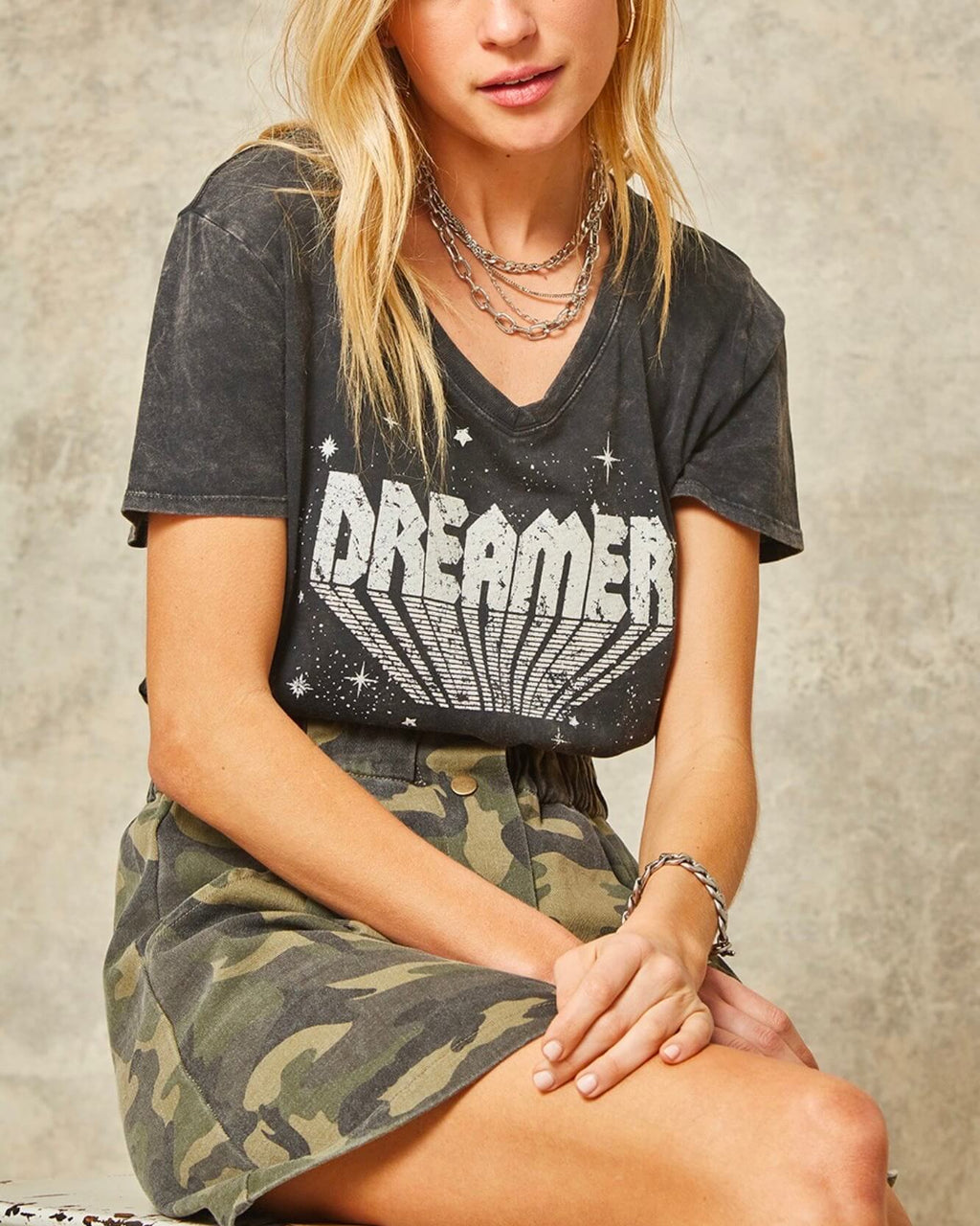 Dreamer Washed Vintage Graphic Tee in Charcoal