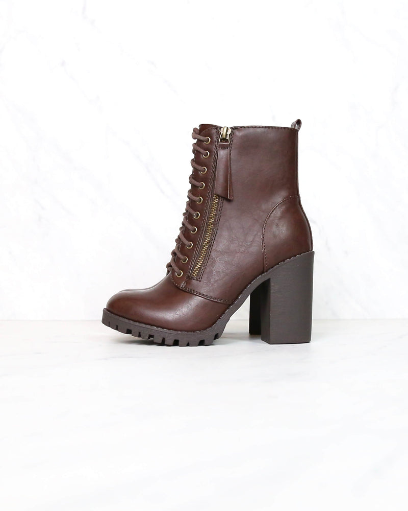 Faux Leather Lace Up Chunky Ankle Boot in Brown malia-s BROWN