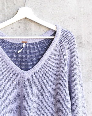 Free People - High Low V Textured Slouchy Sweater - Purple Moon