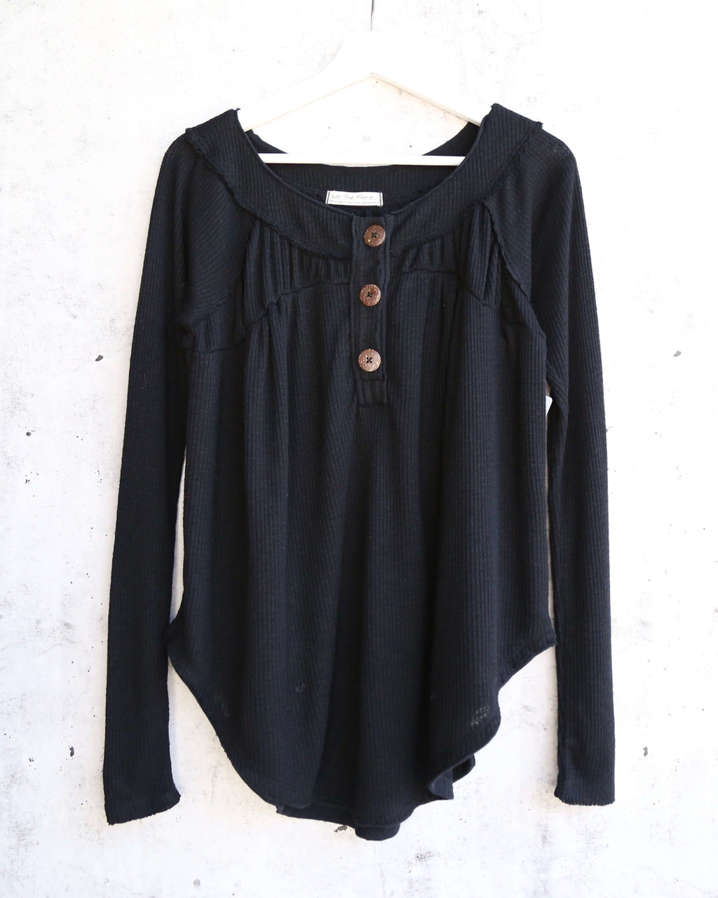 Free People - Must Have Waffle-Knit Henley Tee - Black