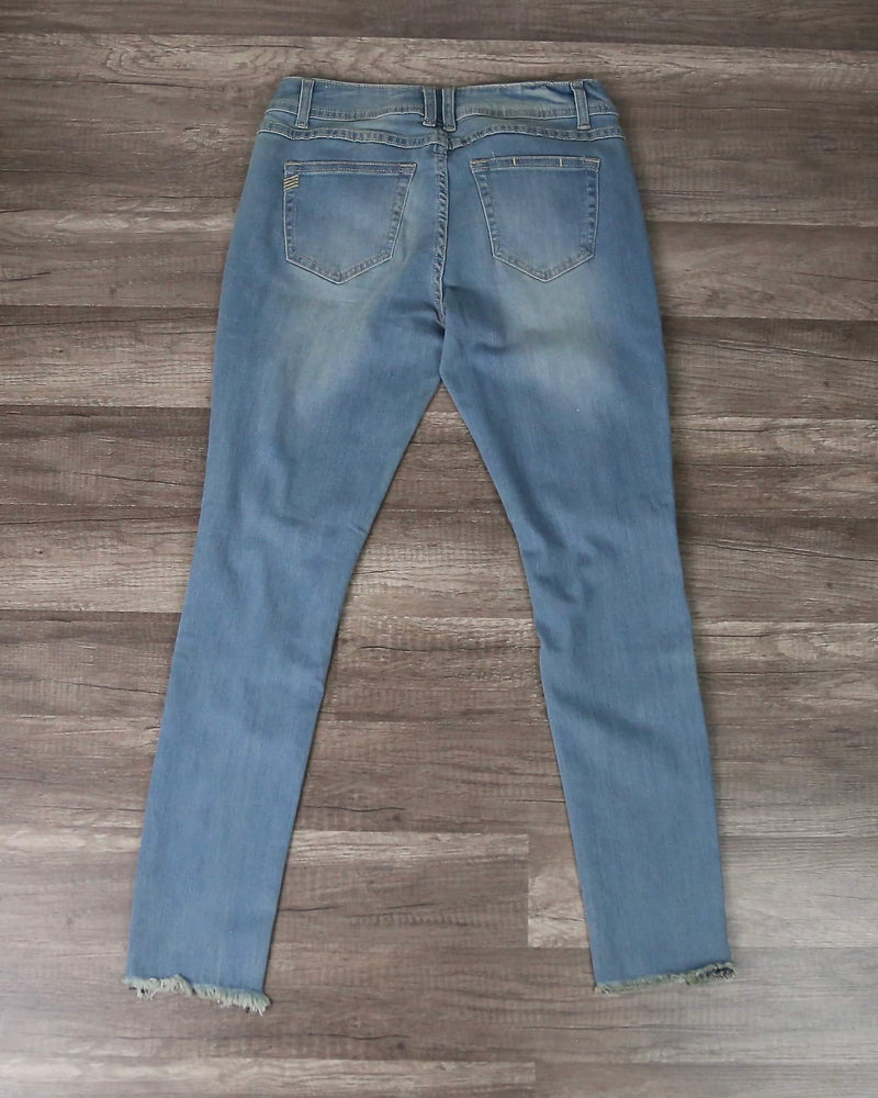 Destroyed Cropped Denim with Frayed Hem in Light Wash