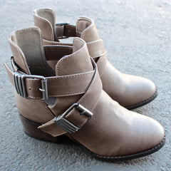 cute double buckled cut out ankle boot with stacked heels (more colors) - shophearts - 5