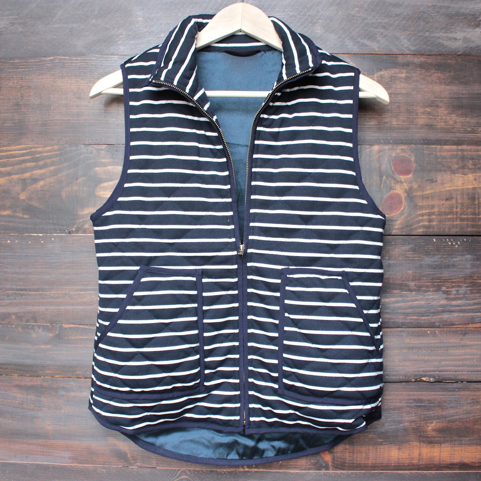 lightweight navy & white stripe quilted puffer vest - shophearts - 1