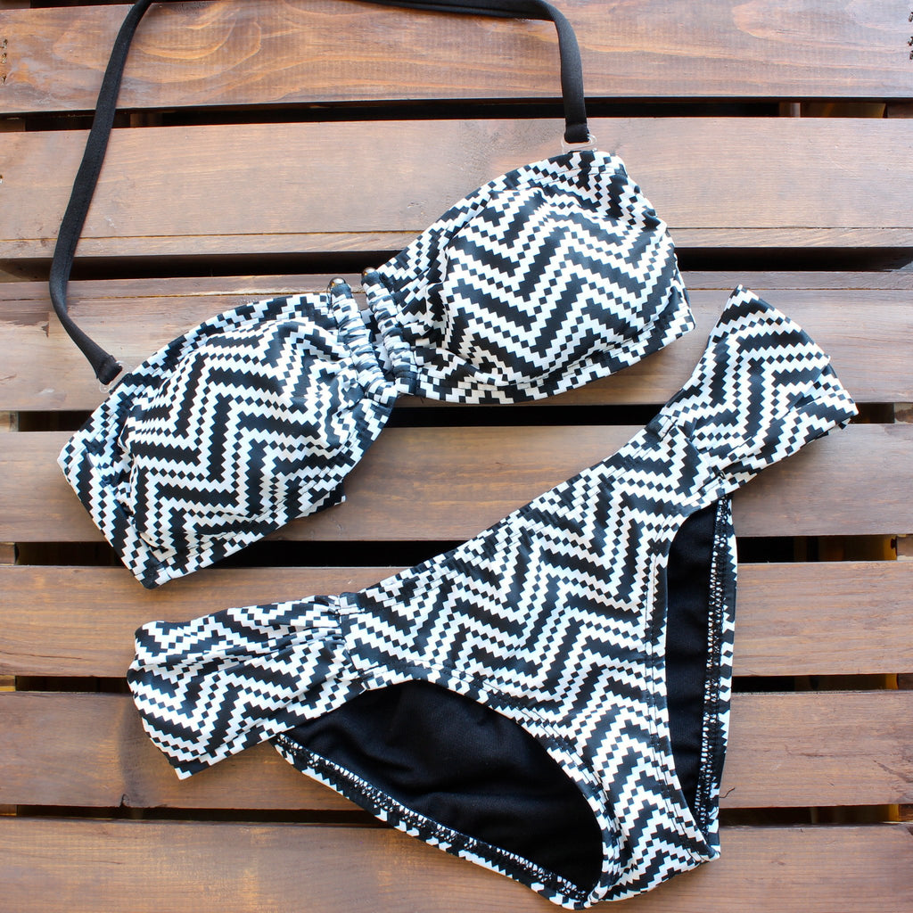 Tribal chevron bikini - black and white - shophearts - 2