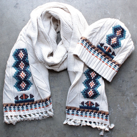 chaser - campfire knit fringed scarf - shophearts - 1