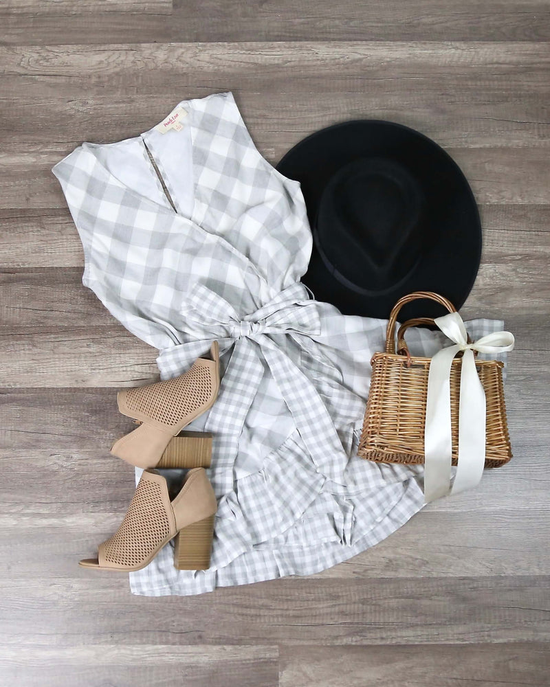 Plaid and Simple Ruffle Hem Dress in Ivory/Grey