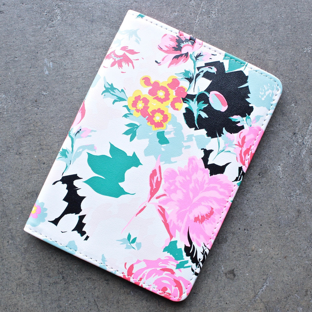 ban.do the getaway florabunda - passport holder - shophearts - 1