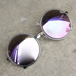 quay - chelsea girl sunglasses - shophearts - 2