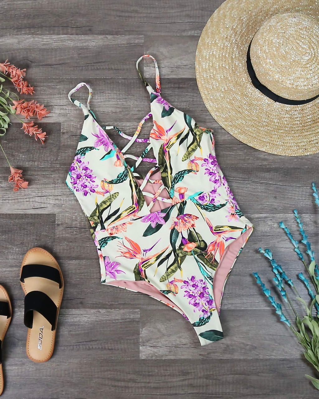 Seamless Caged Front One Piece Swimsuit in Birds of Paradise