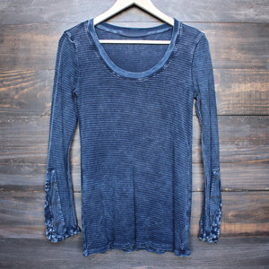 acid wash ski lodge cuff thermal top (more colors) - shophearts - 1
