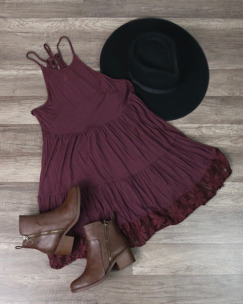 Let Go Halter Tiered Floral Lace Hem Swing Tunic in Burgundy