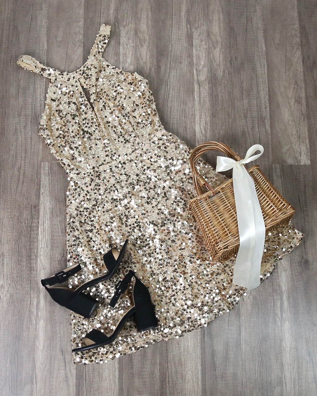 Bedazzling Sparkly Sequin Mini Dress in Gold