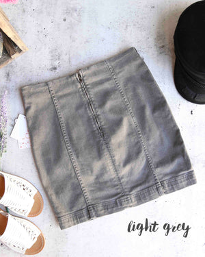 Free People - Modern Femme Novelty Mini Denim Skirt in Light Grey