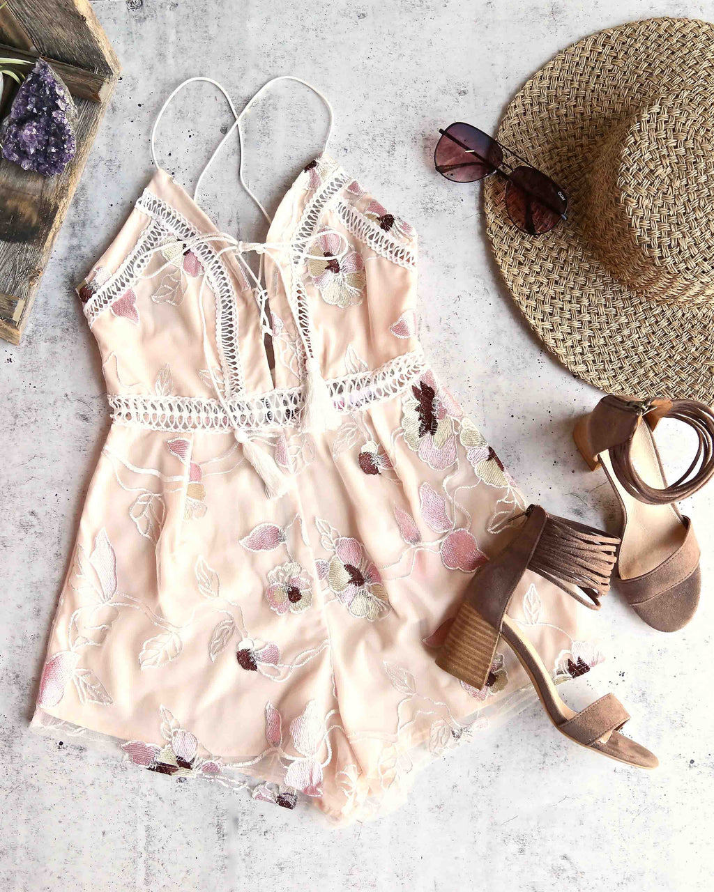seattle's best - floral embroidery romper