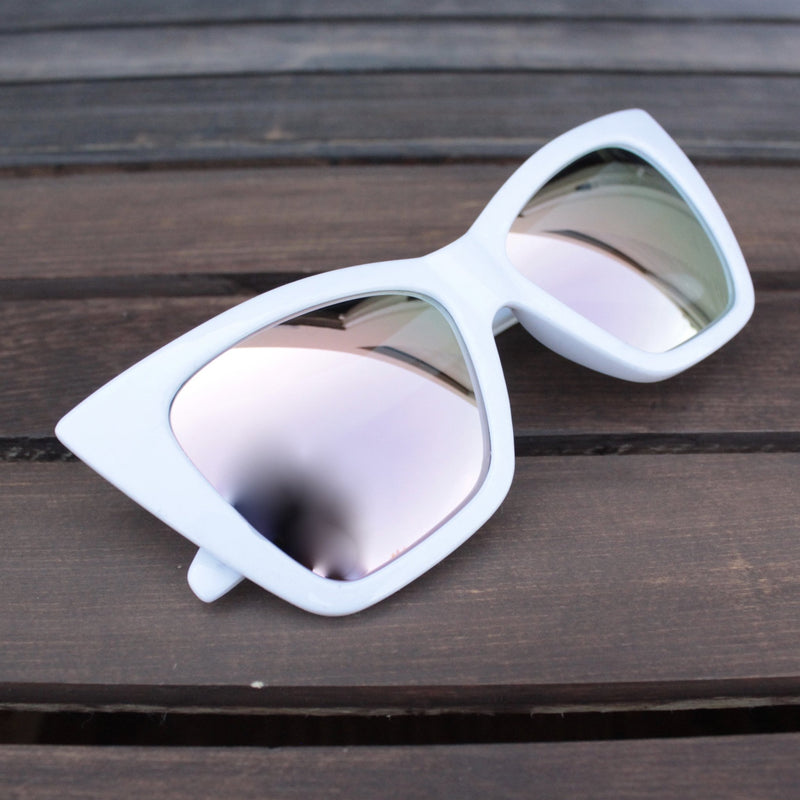 FINAL SALE - QUAY X SHAY MITCHELL - vesper iridescent sunglasses - white - shophearts - 2