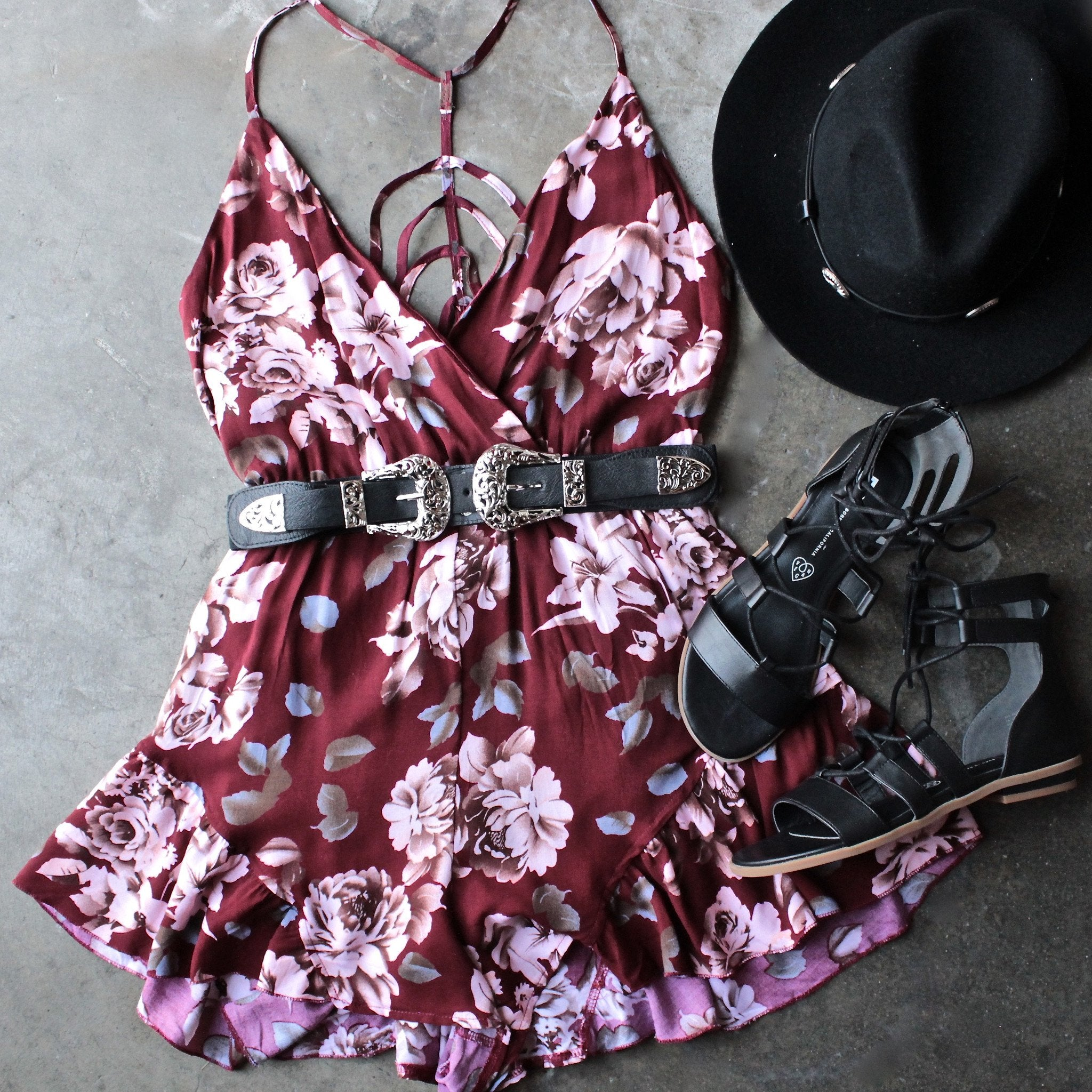 reverse - girl crush romper in burgundy floral - shophearts - 1