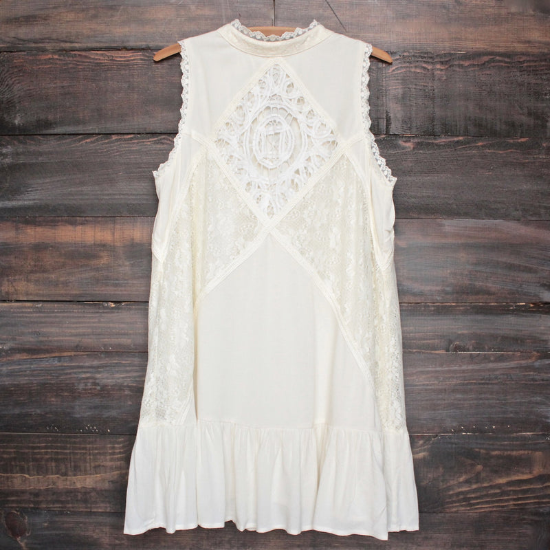 final sale - [womens contemporary] mock-neck lace dress in cream