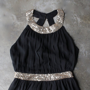 stepping out pleated halter dress with gold sequin - black - shophearts - 3