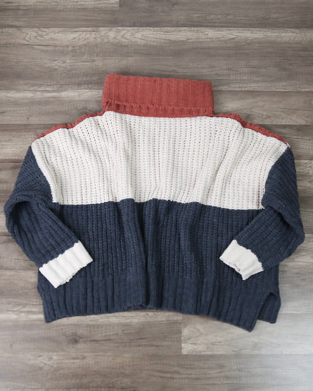 Color Block Rib Textured Turtle Neck Sweater In Ginger Rose Multi