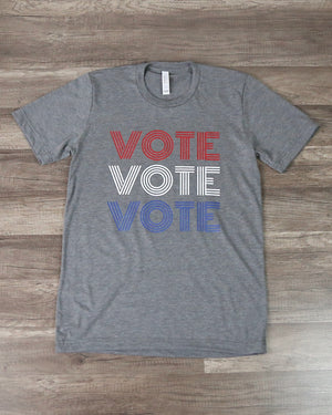 Distracted - Vote Graphic Tee in Grey