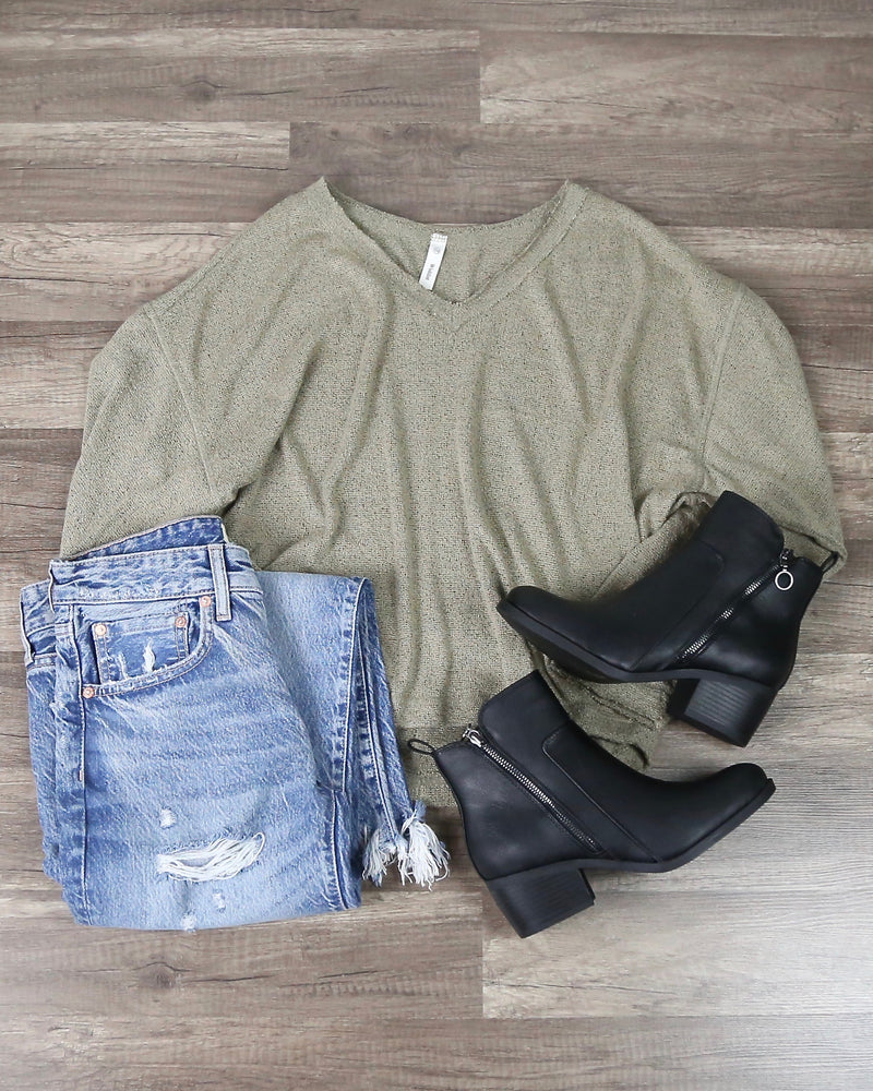 Layla Long Sleeve Knit Sweater in Olive