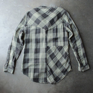 sea gypsies - coney button front plaid shirt - shophearts - 2