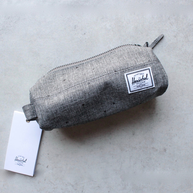 herschel supply co. - 'Settlement pencil case' - raven crosshatch - shophearts - 1