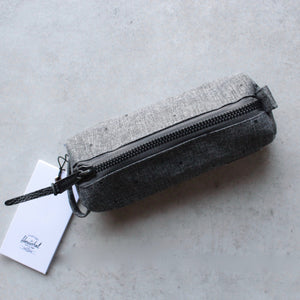 herschel supply co. - 'Settlement pencil case' - raven crosshatch - shophearts - 2