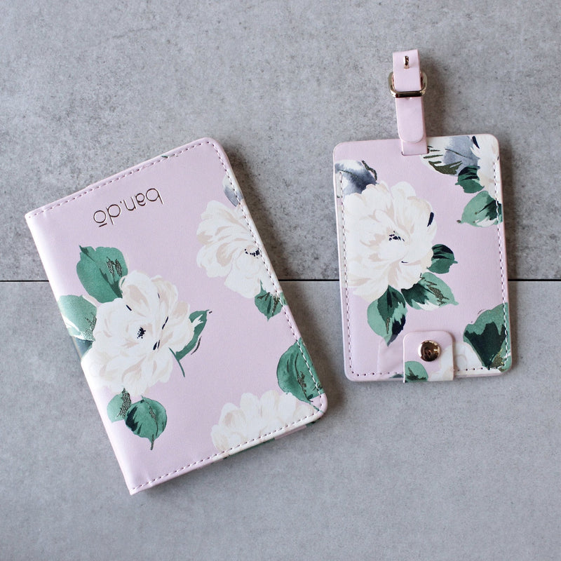 ban.do - the getaway lady of leisure - passport holder - shophearts - 1