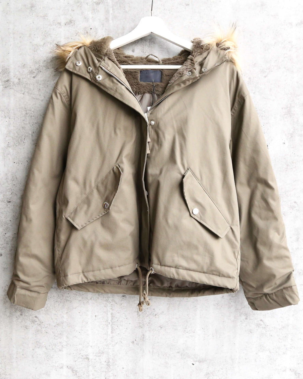 L.A. weather fuzzy lined hooded jacket in olive e1cd00b33