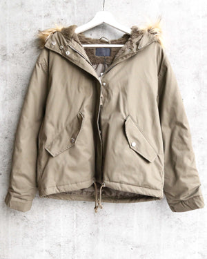 L.A. weather fuzzy lined hooded jacket in olive