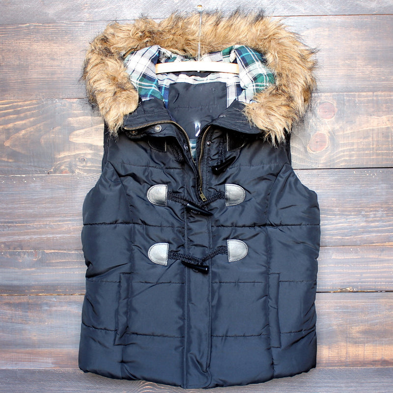 mountain slopes fur hooded black puffer vest - shophearts - 1