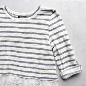 striped button-up back vintage lace hem womens sweater top - shophearts - 3