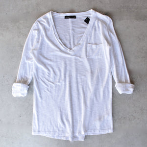 Michelle by Comune - 'Modesto' V-Neck Jersey Tee in White - shophearts - 2