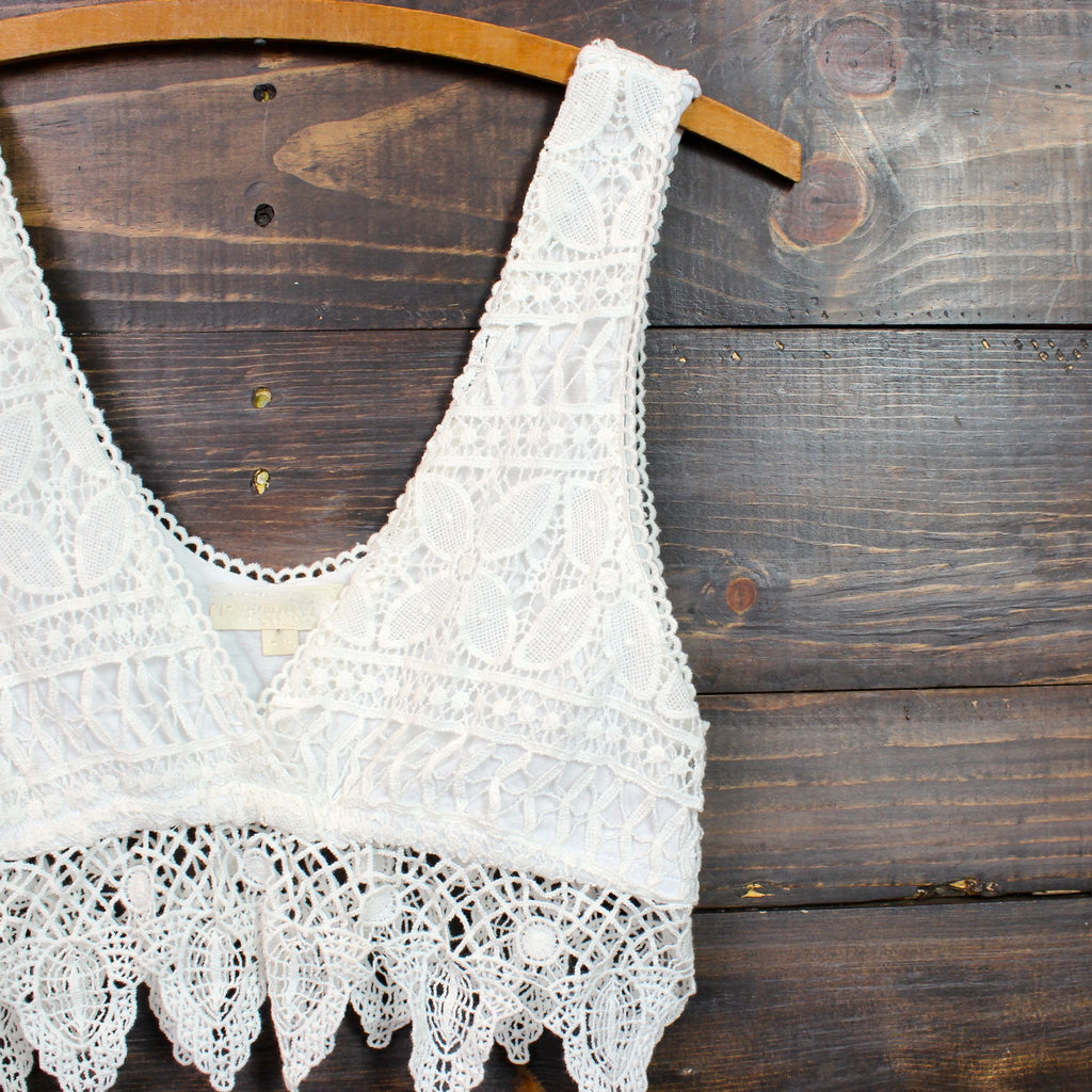 pointelle festival crochet crop top in natural - shophearts - 2