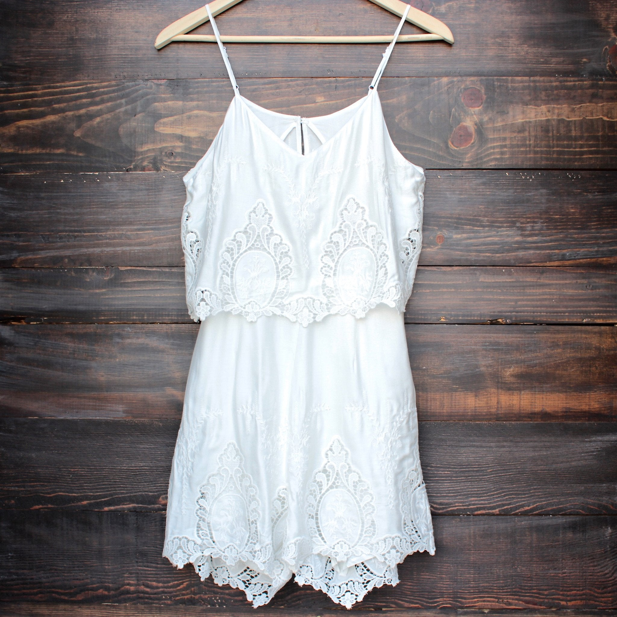 The Jetset Diaries - without suspense romper in white - shophearts - 1