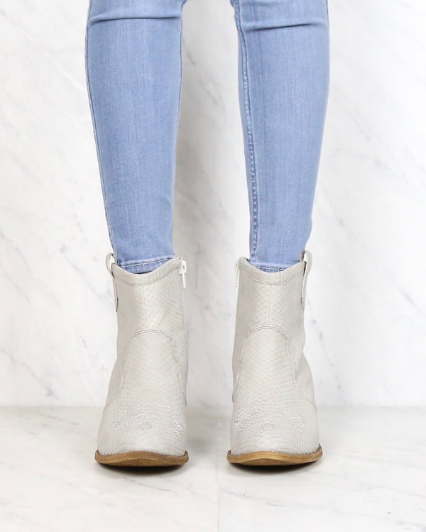 Dirty Laundry - Unite Snake Ankle Booties in Grey