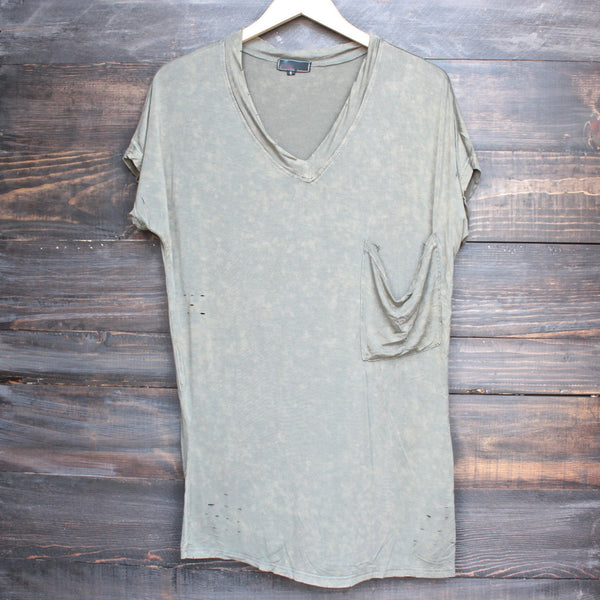 oversize distressed tee - vintage acid wash - shophearts - 1