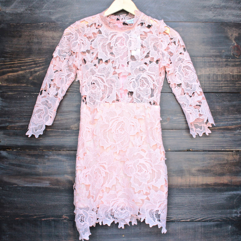 Lioness killer lace dress in pink blush - shophearts - 2