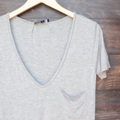 tease me oversize soft v neck tshirt in grey - shophearts - 3