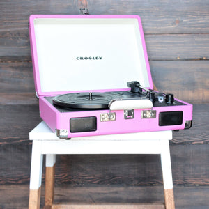 Crosley Cruiser Portable Turntable in pink - shophearts - 1