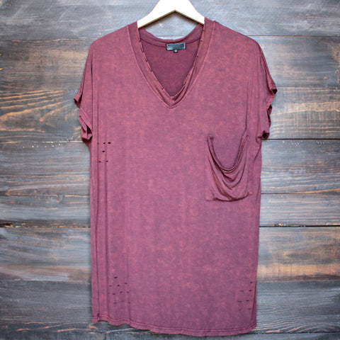 oversize distressed tee - vintage burgundy acid wash - shophearts - 1