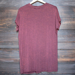 oversize distressed tee - vintage burgundy acid wash - shophearts - 2