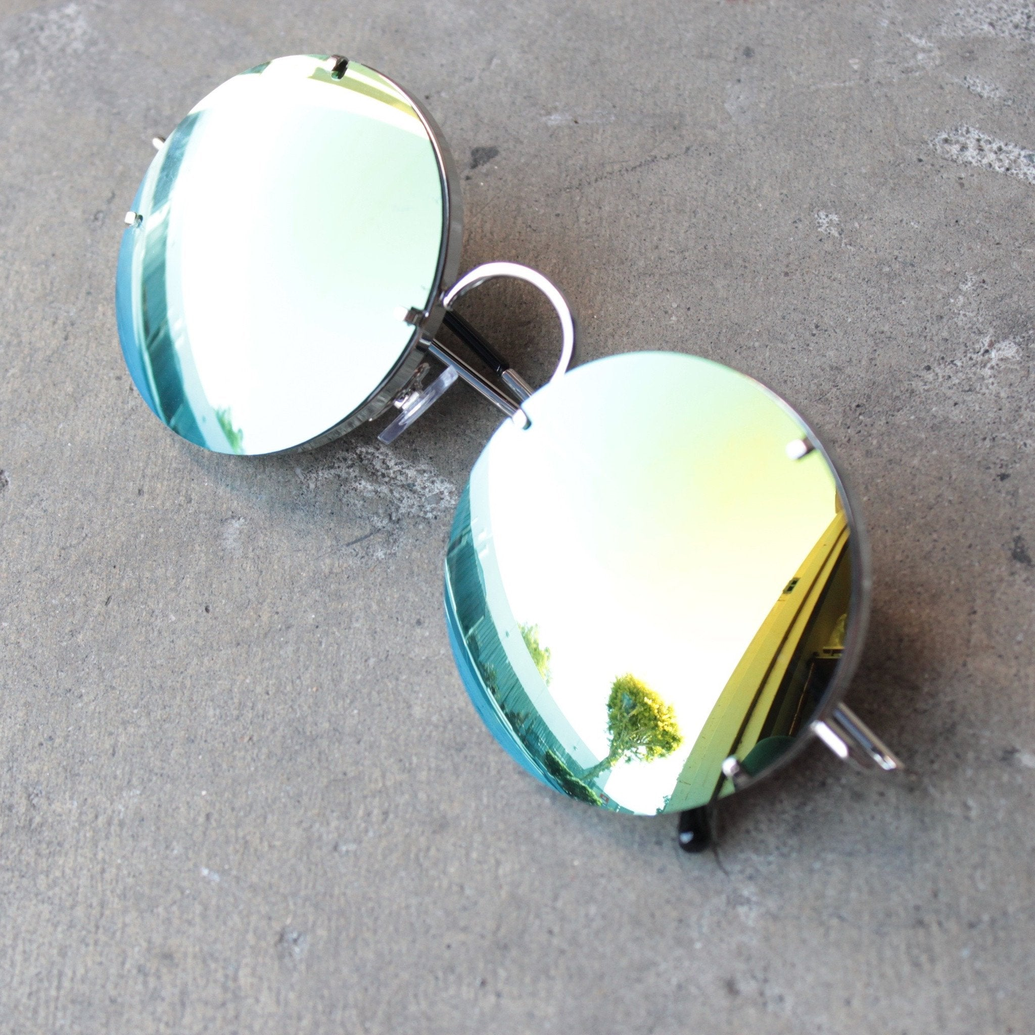 spitfire poolside in silver / gold mirror lens - shophearts - 1