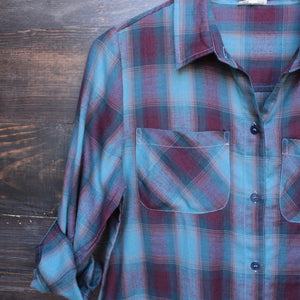 city strut button up plaid flannel shirt - shophearts - 3