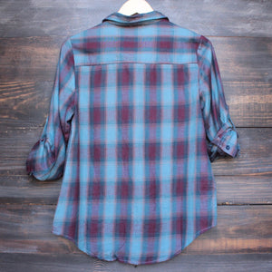 city strut button up plaid flannel shirt - shophearts - 2