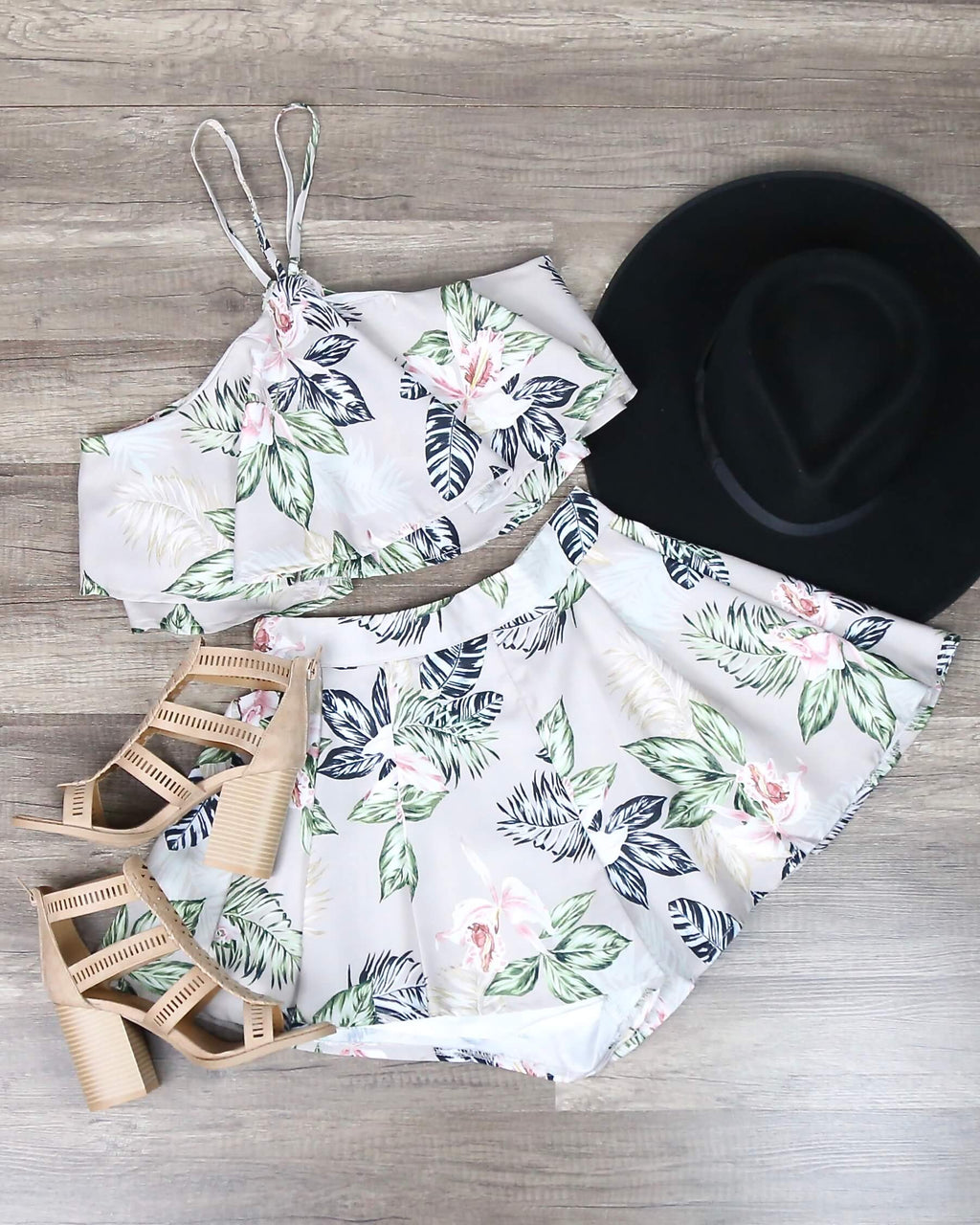 FINAL SALE - In the Moment Two Piece Floral Halter Set in Taupe