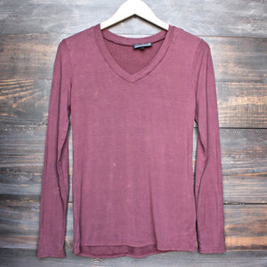 BSIC - vintage acid wash v neck long sleeve shirt in burgundy - shophearts - 1