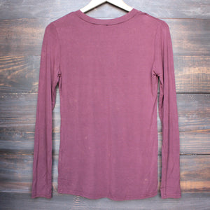 BSIC - vintage acid wash v neck long sleeve shirt in burgundy - shophearts - 4
