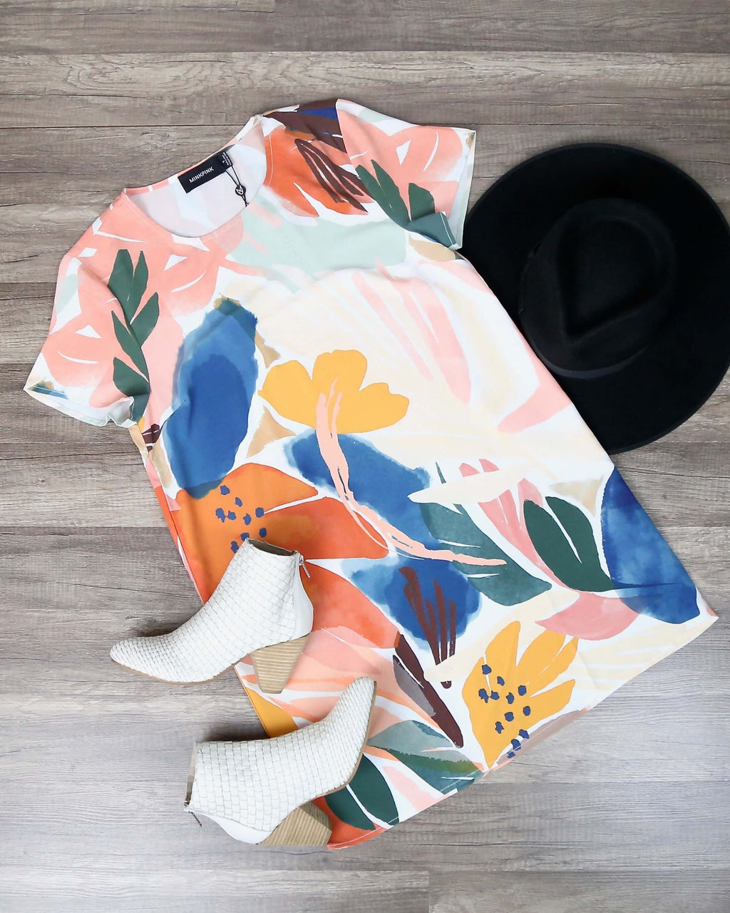 Final Sale - MINKPINK - Abstract Foliage Tee Dress in Multi